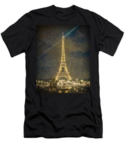 Paris, France - Beacon Men's T-Shirt (Athletic Fit)
