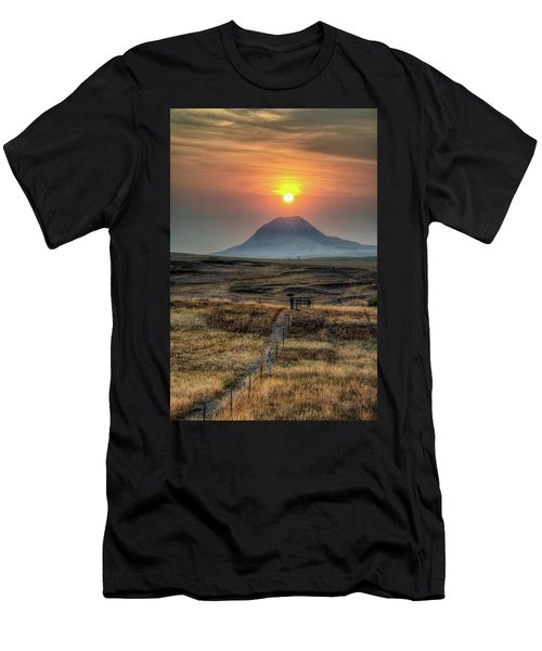 Bear Butte Smoke Men's T-Shirt (Athletic Fit)