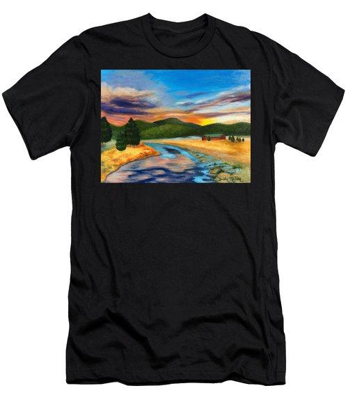 Bear Creek Colorado Men's T-Shirt (Athletic Fit)