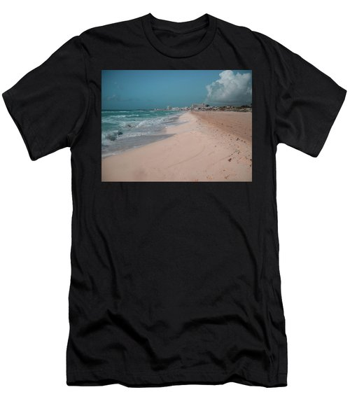 Beautiful Beach In Cancun, Mexico Men's T-Shirt (Athletic Fit)