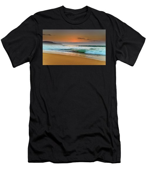 Beautiful Hazy Sunrise Seascape  Men's T-Shirt (Athletic Fit)