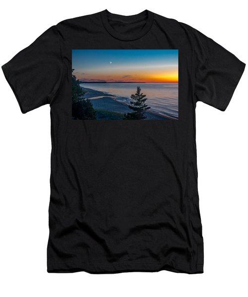 Beaver Creek Sunset Men's T-Shirt (Athletic Fit)