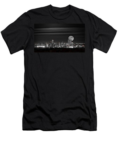 Beaver Moonrise In B And W Men's T-Shirt (Athletic Fit)