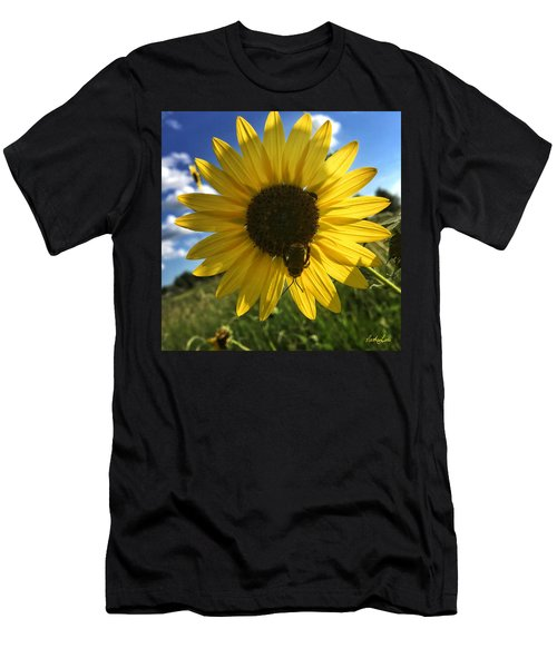 Bee And Sunflower Men's T-Shirt (Athletic Fit)