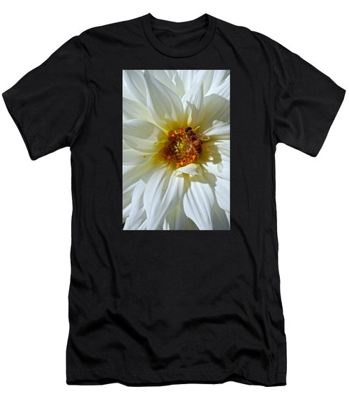 Bee Nice Dahlia  Men's T-Shirt (Athletic Fit)