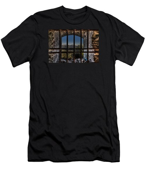 Behind Bars - Dietro Le Sbarre Men's T-Shirt (Athletic Fit)