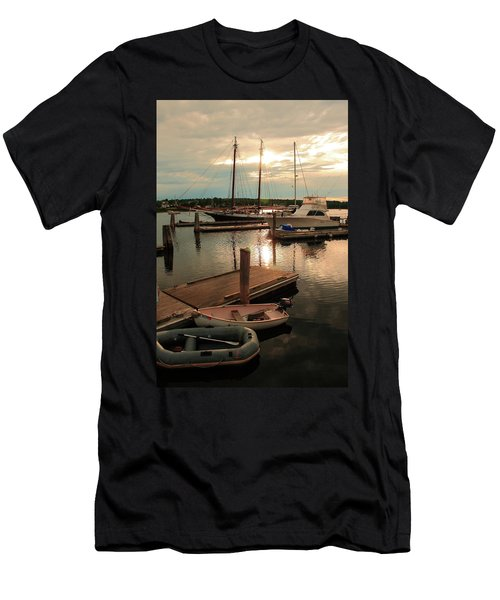 Belfast Harbor Men's T-Shirt (Athletic Fit)
