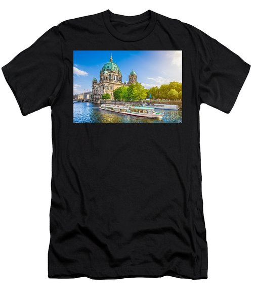 Berlin Museumsinsel Men's T-Shirt (Athletic Fit)