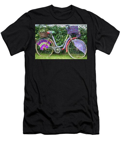 Bicycle In Knitted Sweater Men's T-Shirt (Athletic Fit)