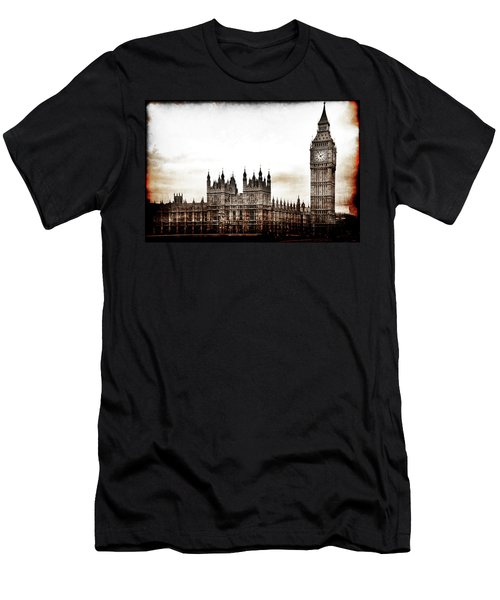 Men's T-Shirt (Athletic Fit) featuring the photograph Big Bend And The Palace Of Westminster by Jennifer Wright
