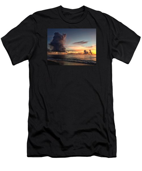 Big Cloud Men's T-Shirt (Slim Fit)