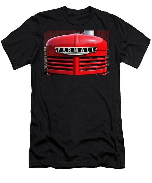 Big Red Farmall Men's T-Shirt (Athletic Fit)