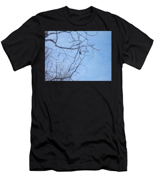 Bird On A Limb Men's T-Shirt (Athletic Fit)