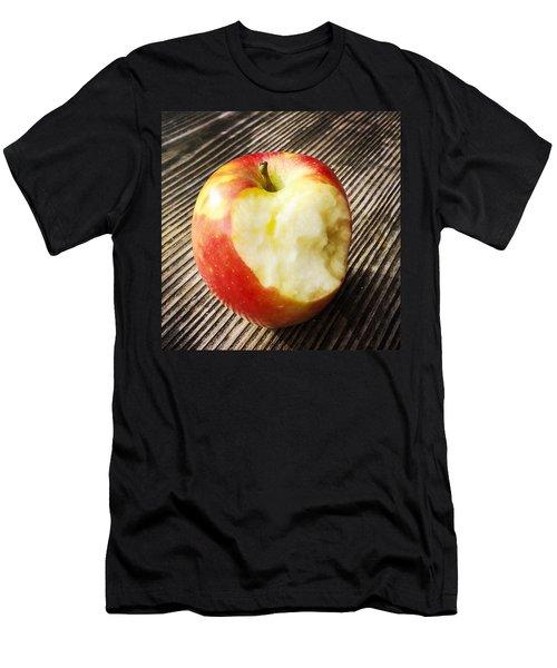 Bitten Red Apple Men's T-Shirt (Athletic Fit)