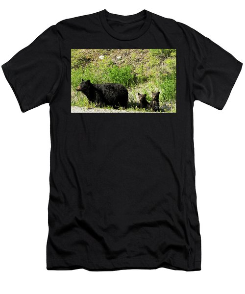 Black Bear Family Men's T-Shirt (Athletic Fit)