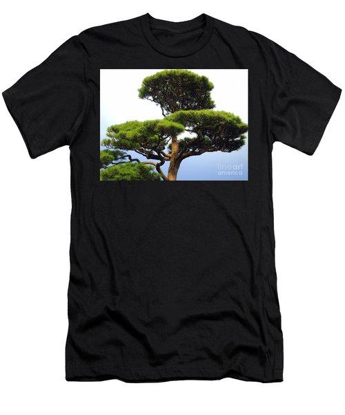 Black Pine Japan Men's T-Shirt (Slim Fit)
