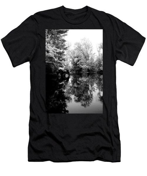 Black River 6 Men's T-Shirt (Athletic Fit)