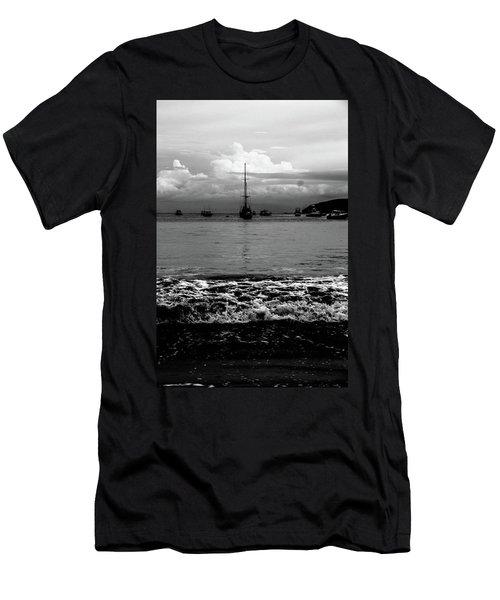 Black Sails Men's T-Shirt (Athletic Fit)