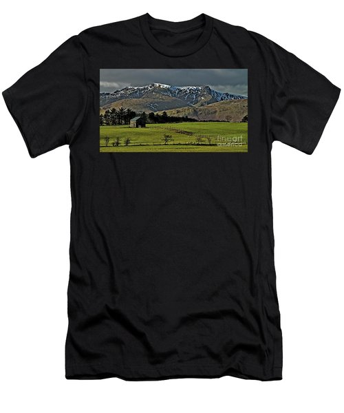 Blencathra Mountain, Lake District Men's T-Shirt (Athletic Fit)