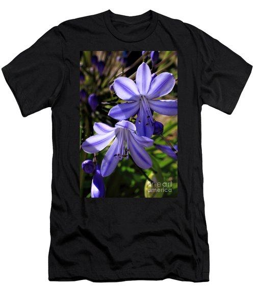 Blue Lily Men's T-Shirt (Athletic Fit)