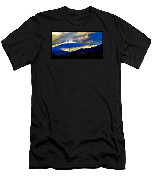Blueray Winter New Mexico Men's T-Shirt (Athletic Fit)