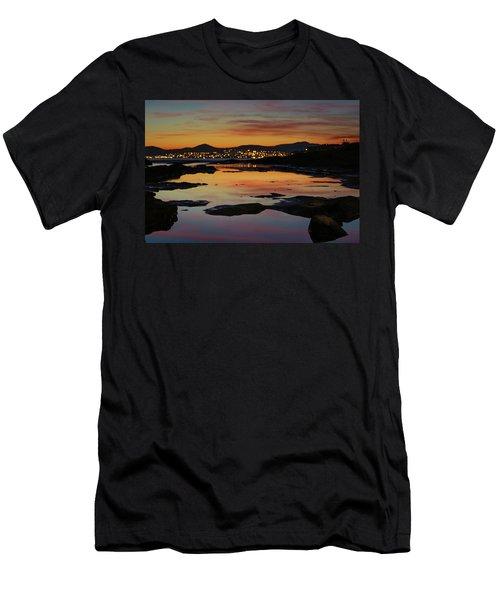 Blurry Dots Men's T-Shirt (Athletic Fit)