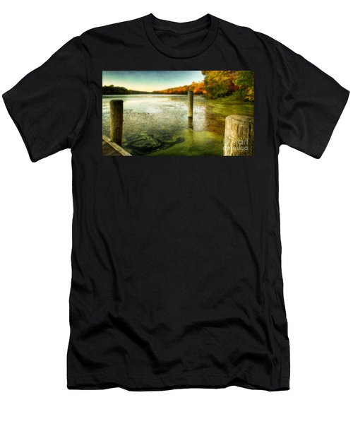 Blydenberg Park In The Fall Men's T-Shirt (Athletic Fit)