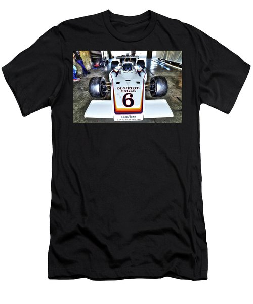 Bobby Unser's 1972 Indianapolis 500 Car. Men's T-Shirt (Athletic Fit)