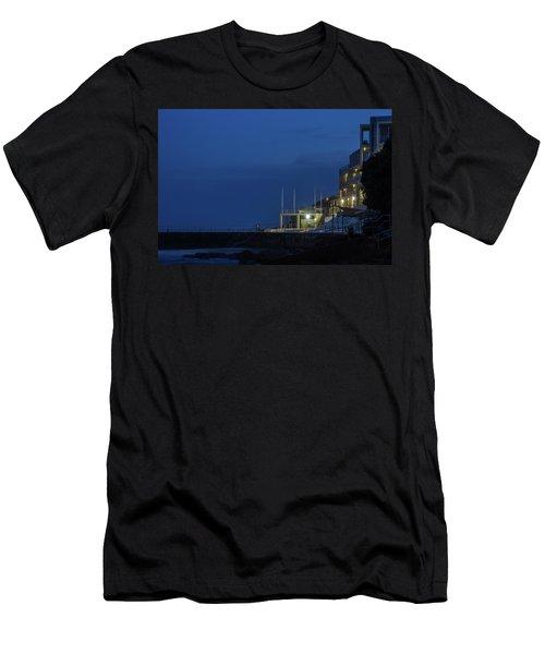 Bondi Beach Men's T-Shirt (Athletic Fit)