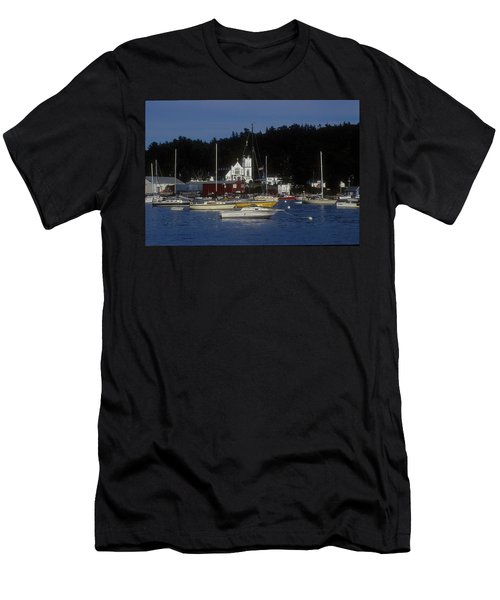 Boothbay Harbor Maine 2 Men's T-Shirt (Athletic Fit)