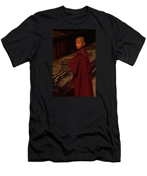 Boy Buddhist In Bodh Gaya Men's T-Shirt (Athletic Fit)
