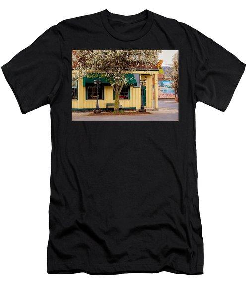 Brass Cat Pub Easthampton Men's T-Shirt (Athletic Fit)