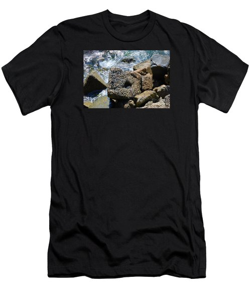 Breakwall Men's T-Shirt (Athletic Fit)