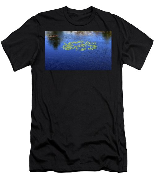 Breeze On The Water  Men's T-Shirt (Athletic Fit)