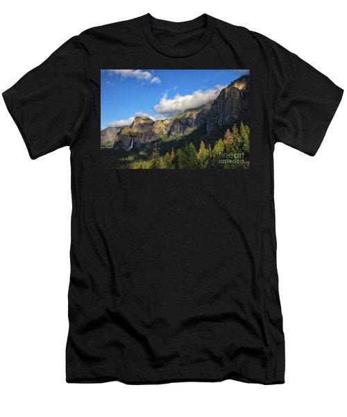 Bridalveil Fall Men's T-Shirt (Athletic Fit)
