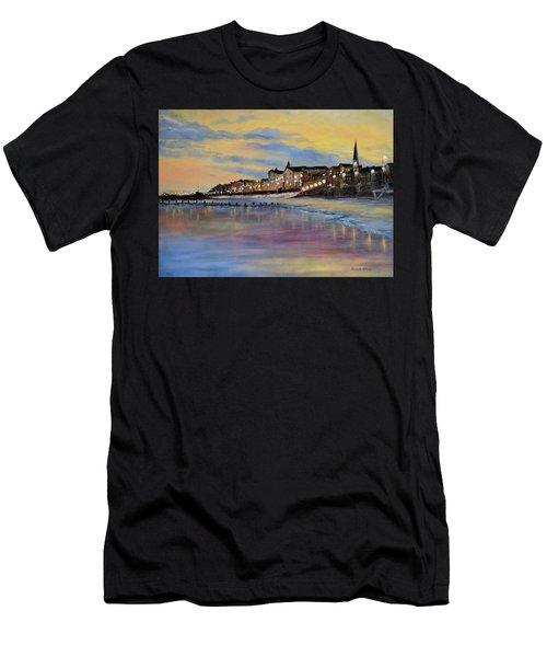 Bridlington Seaside Dusk Men's T-Shirt (Athletic Fit)