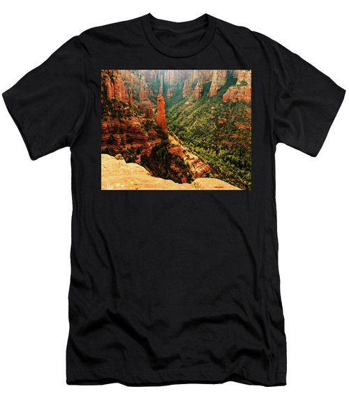 Brins Mesa 07-143 Men's T-Shirt (Athletic Fit)