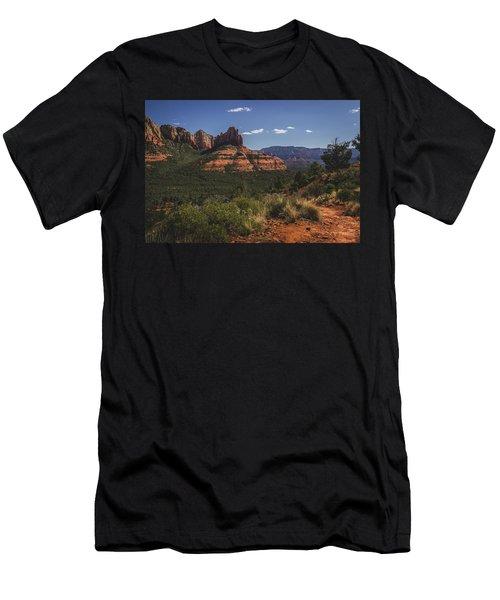 Brins Mesa Trail Vista Men's T-Shirt (Athletic Fit)