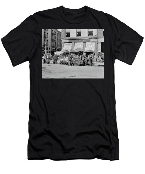 Broad St. Lunch Carts New York Men's T-Shirt (Athletic Fit)