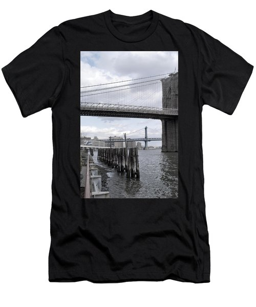 Brooklyn Bridge II Men's T-Shirt (Athletic Fit)