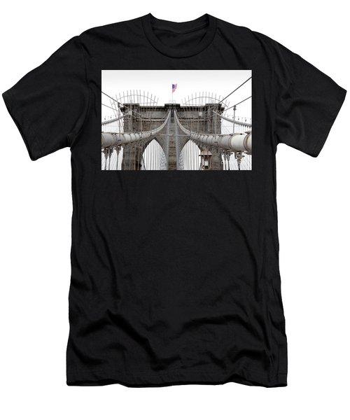 Brooklyn Bridge Top Men's T-Shirt (Athletic Fit)