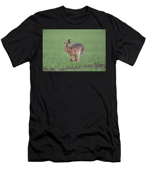 Brown Hare Running Men's T-Shirt (Athletic Fit)