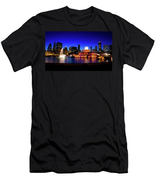 Buckingham Memorial Fountain Men's T-Shirt (Athletic Fit)