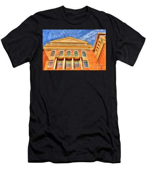 Building In Budapest Men's T-Shirt (Athletic Fit)