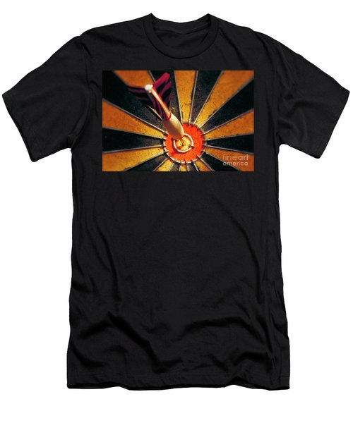 Bulls Eye Men's T-Shirt (Athletic Fit)