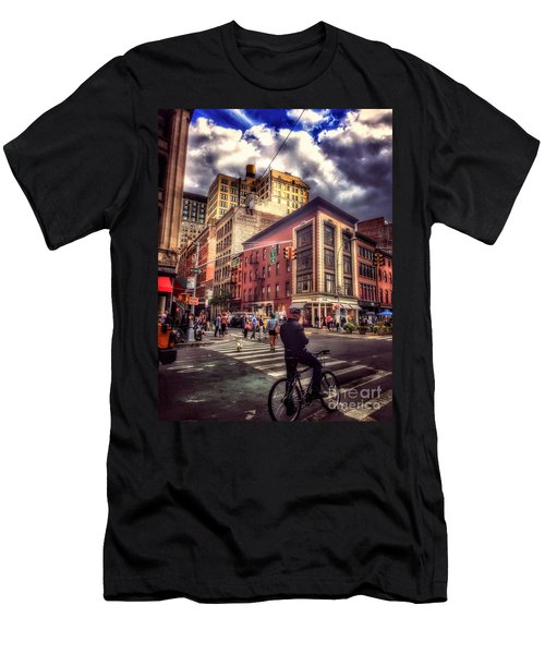 Busy Day In The City Men's T-Shirt (Athletic Fit)
