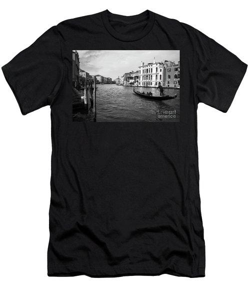 Bw Venice Men's T-Shirt (Athletic Fit)