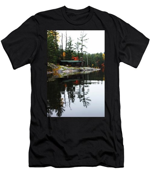 Cabin On The Rocks Men's T-Shirt (Athletic Fit)