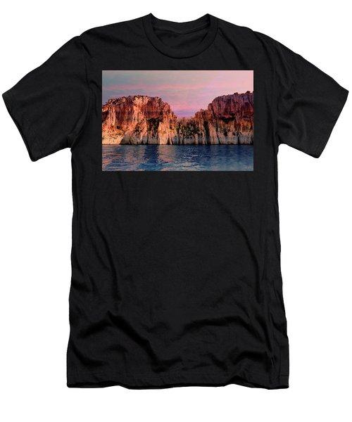 Calanques De Marseille .  Men's T-Shirt (Athletic Fit)