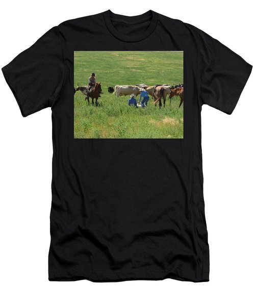 Calf Roping Men's T-Shirt (Athletic Fit)